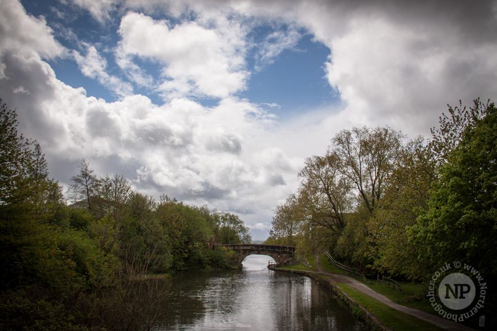 Leeds/Liverpool Canal Bridge 67