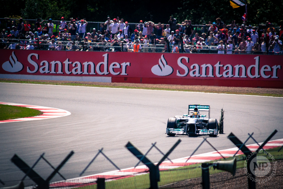 Lewis Hamilton Puncture, the moment it all went wrong!